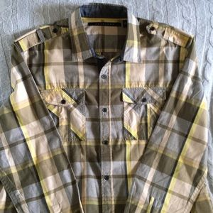 Excellent used condition Sean John casual shirt